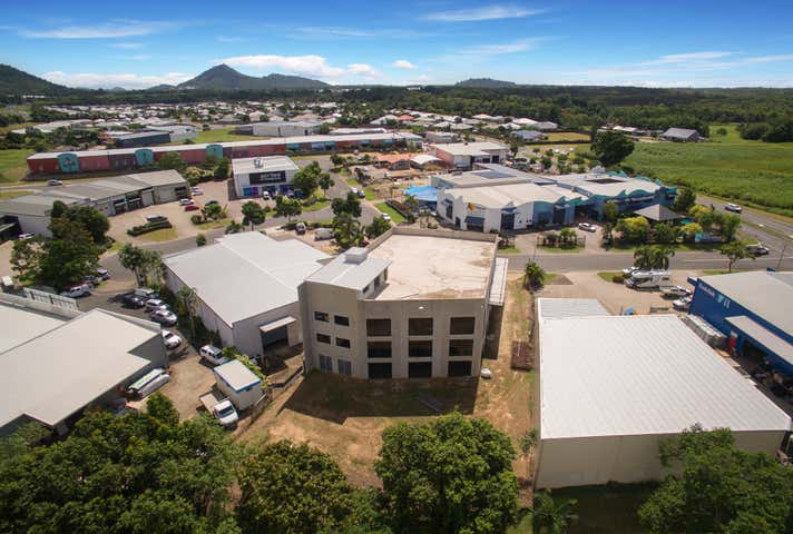 5 Mount Koolmoon Street Smithfield QLD 4878 - Image 1