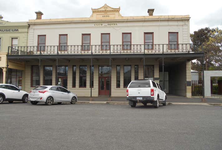 Club Hotel (FREEHOLD), 34 Fraser Street Clunes VIC 3370 - Image 1