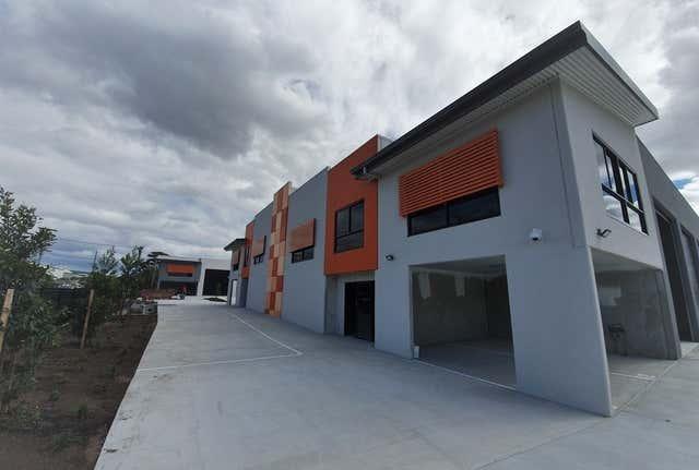 8/3-9 Octal Street Yatala QLD 4207 - Image 1