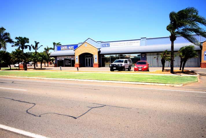 4/125 Flores Road Webberton WA 6530 - Image 1