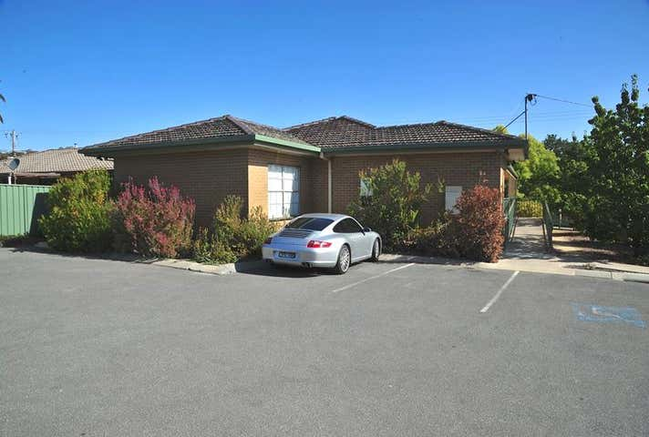 147 St Aidans Road Kennington VIC 3550 - Image 1