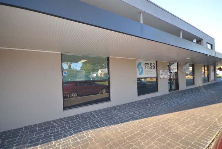 2/11 Clifton Drive Port Macquarie NSW 2444 - Image 1