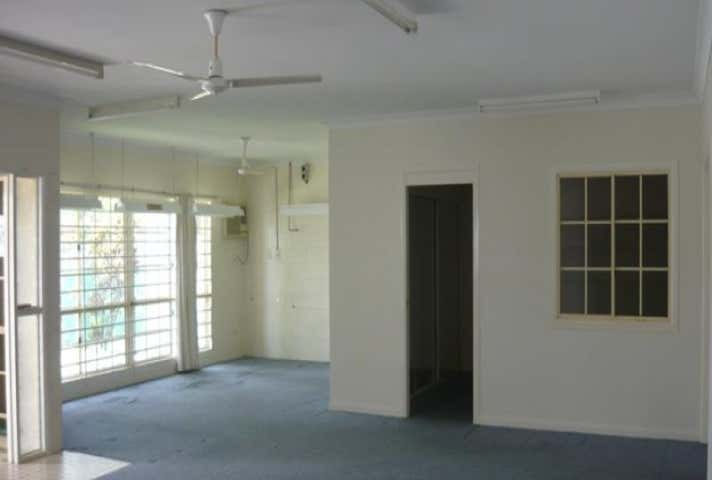 7 Carse Street Townsville City QLD 4810 - Image 1