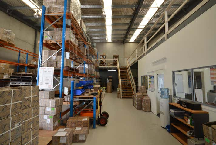 Unit 5/16 Spit Island Close Mayfield West NSW 2304 - Image 1