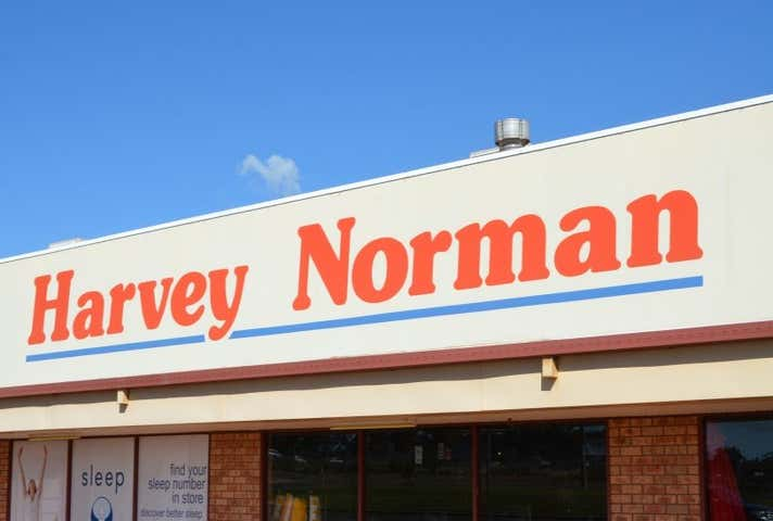 Harvey Norman, 5-11 Saleyards Road Parkes NSW 2870 - Image 1