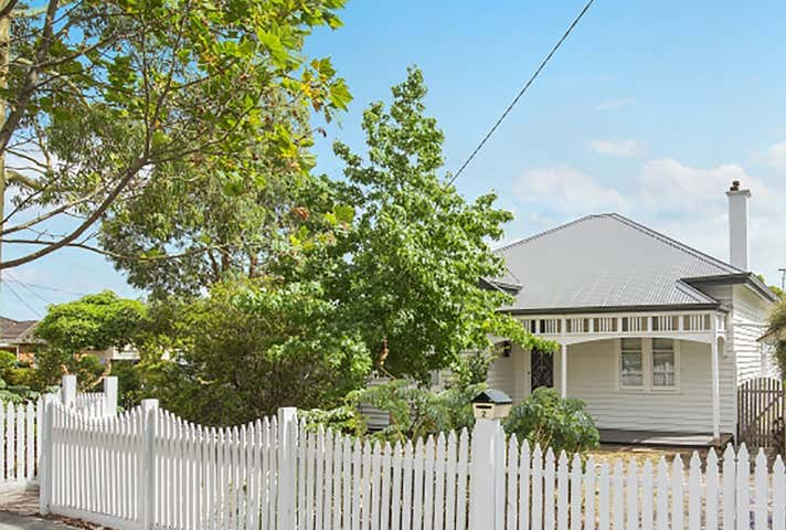 2 Strachan Avenue Manifold Heights VIC 3218 - Image 1