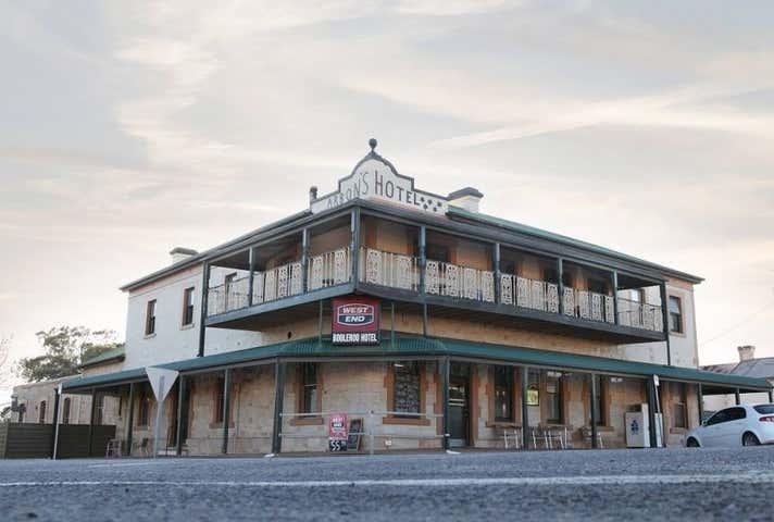Booleroo Hotel, 34 Stephens Street Booleroo Centre SA 5482 - Image 1