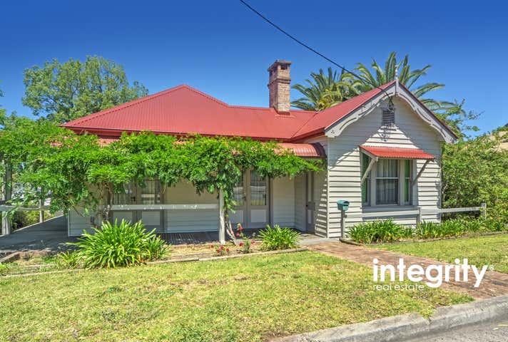 6 Tarawara Street Bomaderry NSW 2541 - Image 1