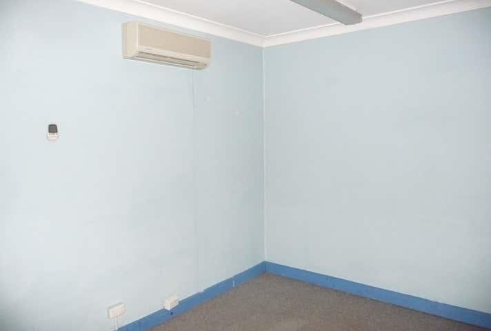 2/156 Queen Street St Marys NSW 2760 - Image 1