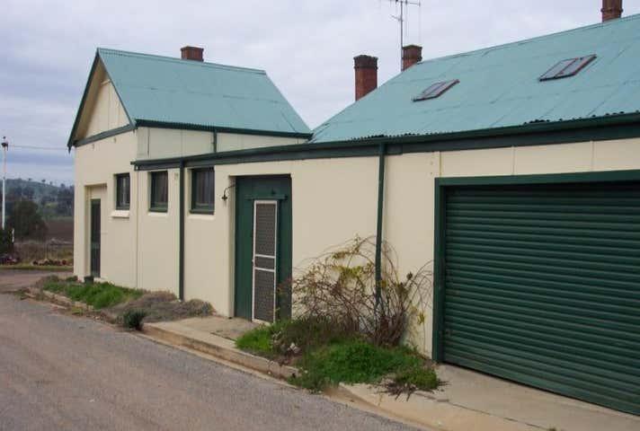 1 Railway Lane Cowra NSW 2794 - Image 1