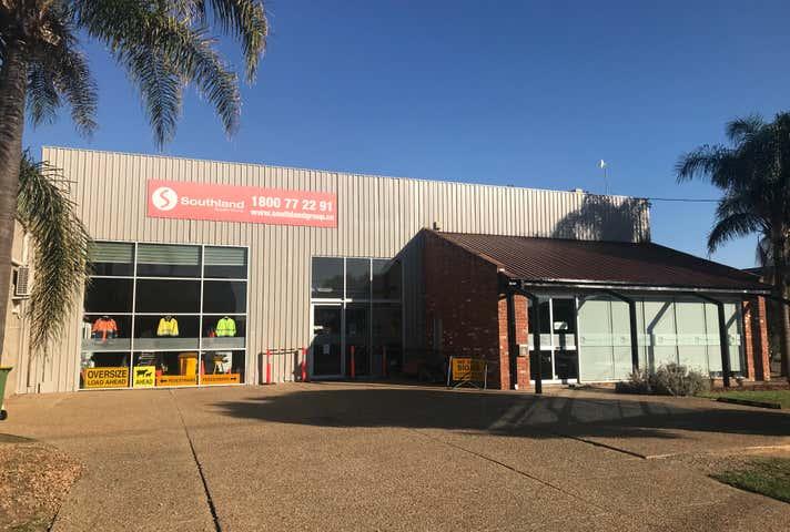 20 Nagle Street Wagga Wagga NSW 2650 - Image 1