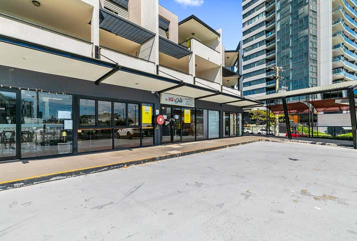 2/154 Cavendish Road Coorparoo QLD 4151 - Image 1