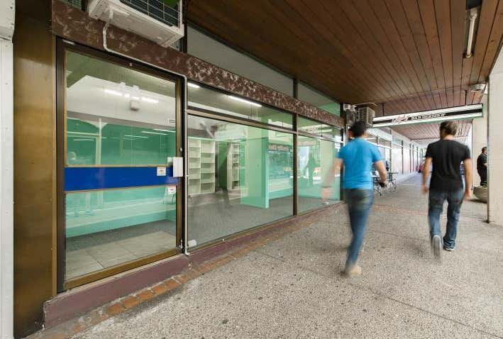 Southlands Shopping Centre, Unit 4 22 Mawson Place Mawson ACT 2607 - Image 1