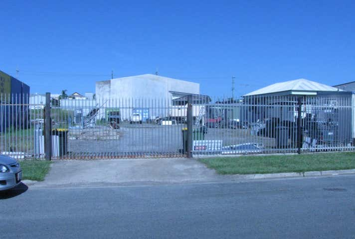 36 Redcliffe Gardens Drive Clontarf QLD 4019 - Image 1