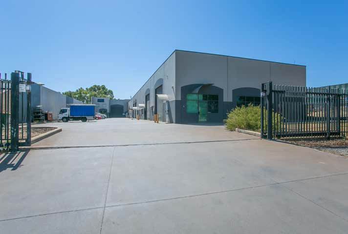 Unit 3, 10 Dickens Place Armadale WA 6112 - Image 1