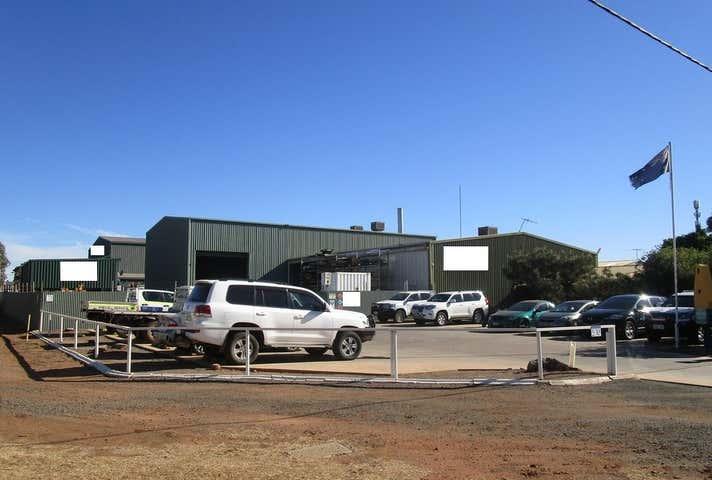 30 Atbara Street West Kalgoorlie WA 6430 - Image 1