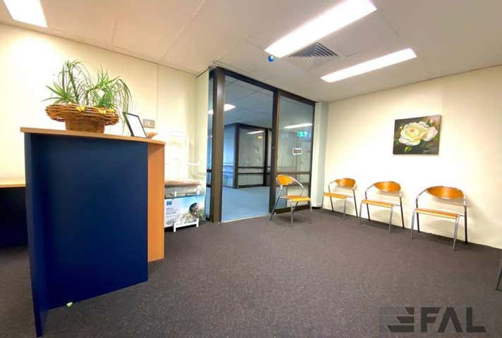 Unit  3, 37 Station Road Indooroopilly QLD 4068 - Image 1