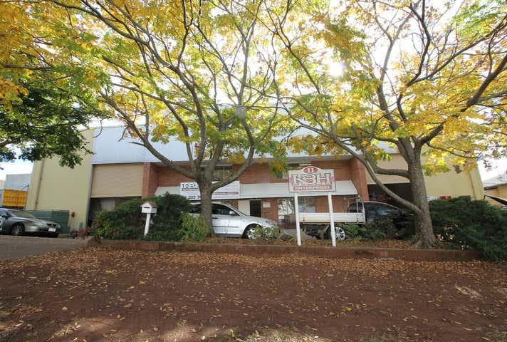 11 Grange Street Toowoomba City QLD 4350 - Image 1