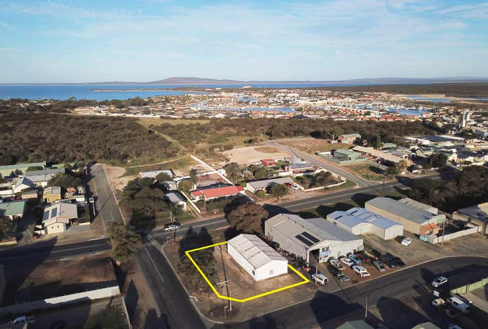 26 Mallee Crescent Port Lincoln SA 5606 - Image 1
