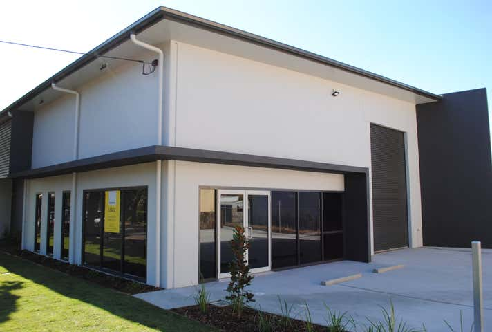 54 Mort Street North Toowoomba QLD 4350 - Image 1