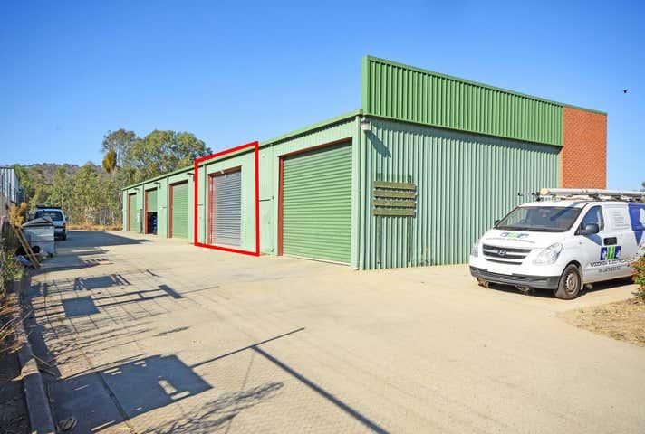 2/1 Chisholm Court Wodonga VIC 3690 - Image 1