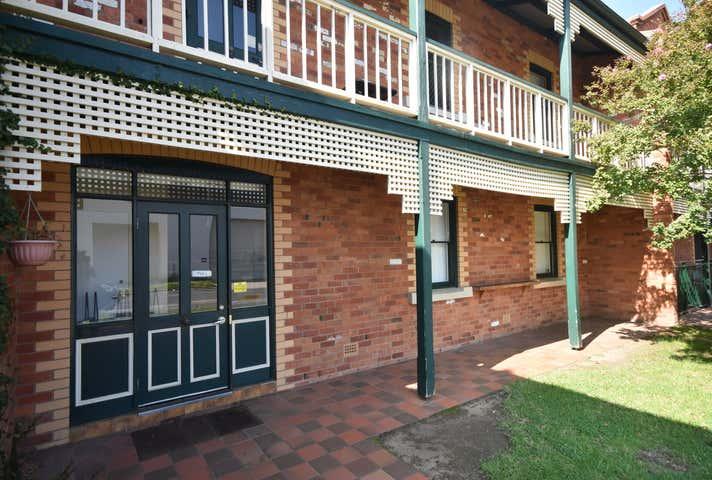 Suite A, 1/556 Macauley Street Albury NSW 2640 - Image 1