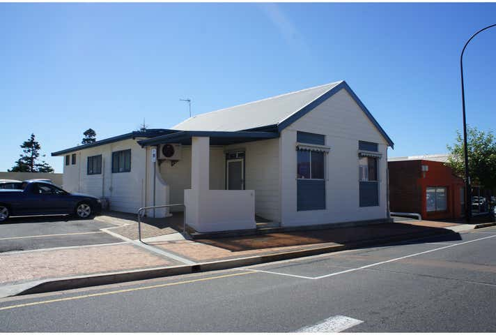 21 Washington Street Port Lincoln SA 5606 - Image 1