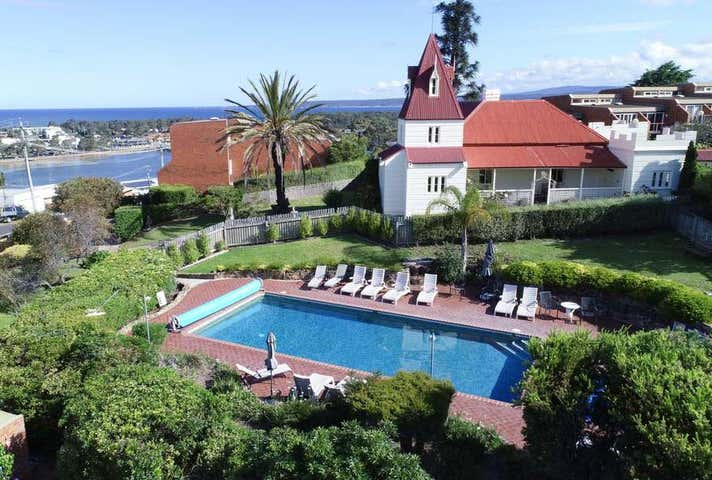 Pacific Heights Holiday Apartments, 1-7 Ocean View Avenue Merimbula NSW 2548 - Image 1