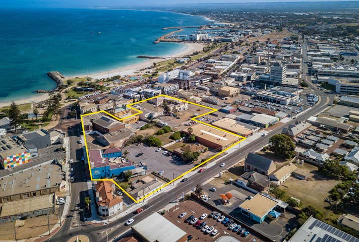 250 Marine Terrace Geraldton WA 6530 - Image 1