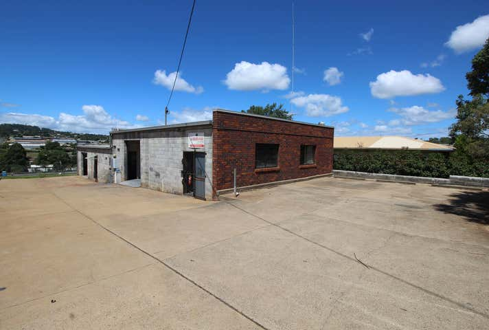 4 Stradbroke Street Rockville QLD 4350 - Image 1