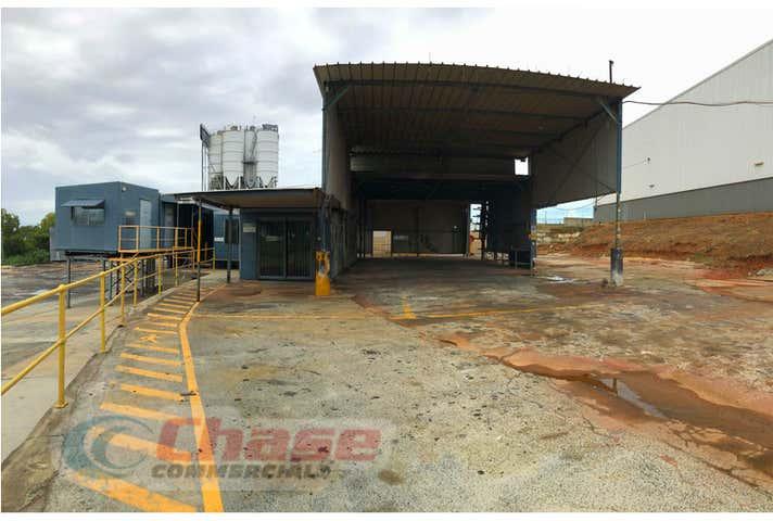 1/980 Lytton Road Murarrie QLD 4172 - Image 1