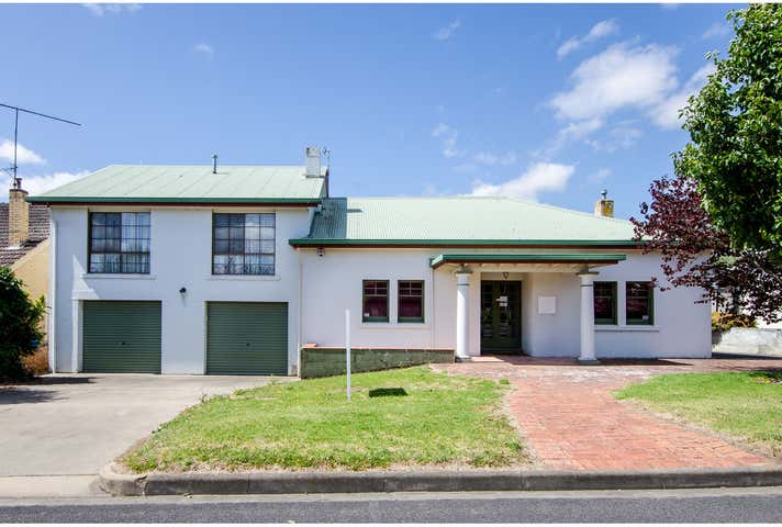 5 Gwendoline Street Mount Gambier SA 5290 - Image 1