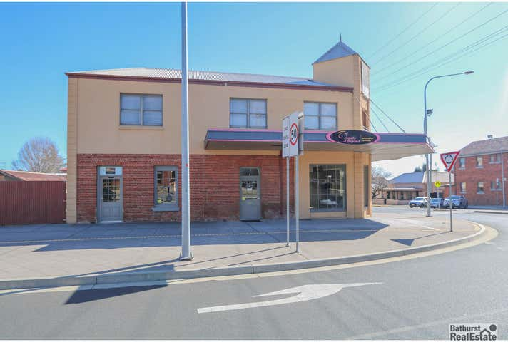 203 (upstairs) George Street Bathurst NSW 2795 - Image 1