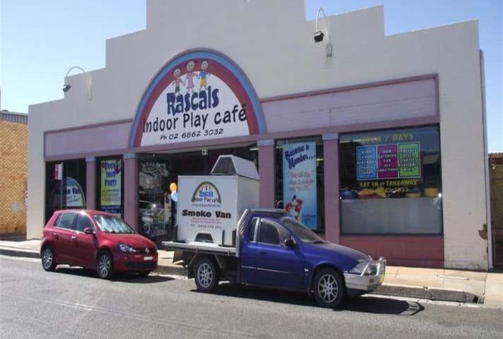 33 Court Street Parkes NSW 2870 - Image 1