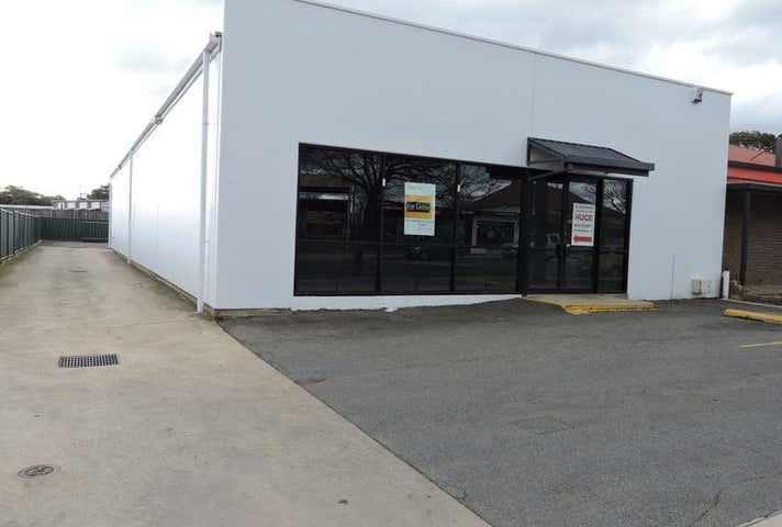 25 Adelaide Road Murray Bridge SA 5253 - Image 1