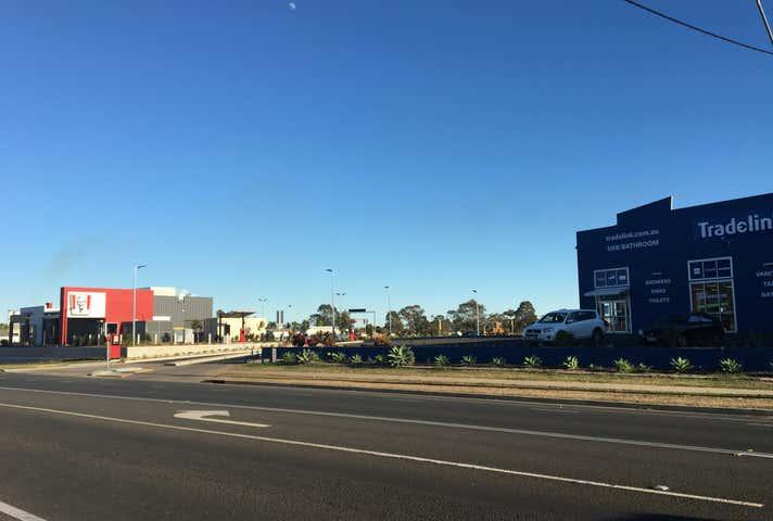 Shops 2 & 3, 93 Bargara Road Bundaberg East QLD 4670 - Image 1