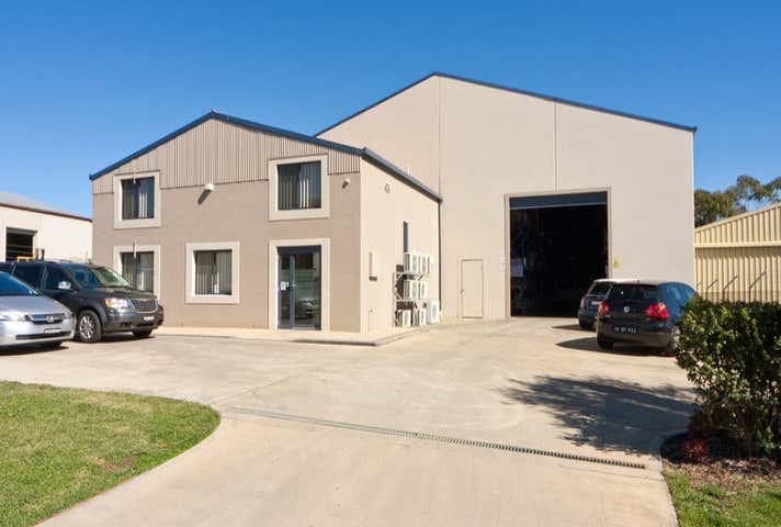 6 Brickfield Avenue Armidale NSW 2350 - Image 1