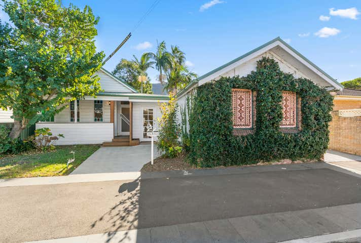 254 Lawrence Hargrave Drive Thirroul NSW 2515 - Image 1