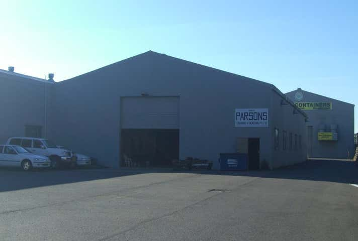 Mayfield Industrial Centre, Store B, 121 Woodstock Street Mayfield North NSW 2304 - Image 1