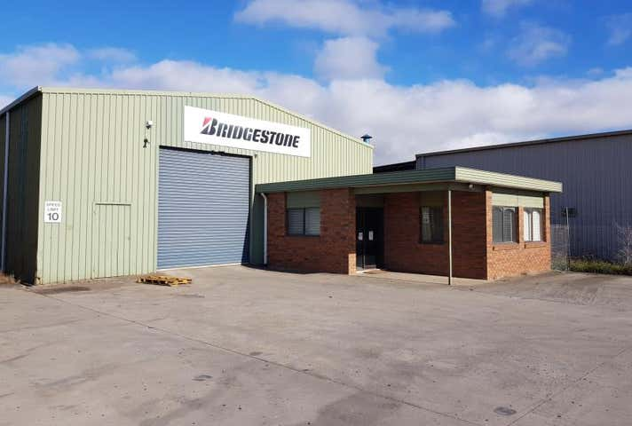 117 Airlie Bank Road Morwell VIC 3840 - Image 1