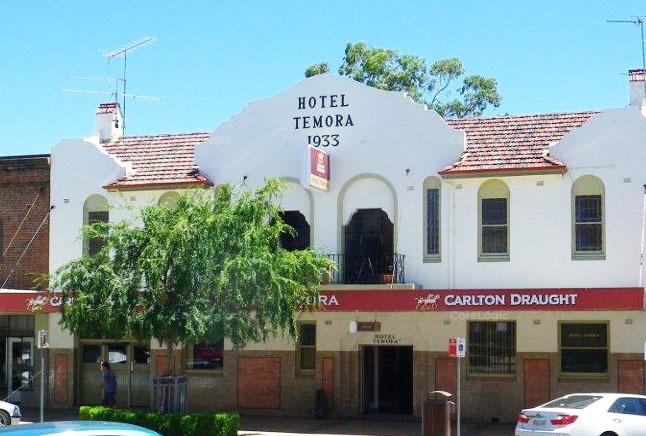 Temora Hotel, 208 Hoskins Street Temora NSW 2666 - Image 1