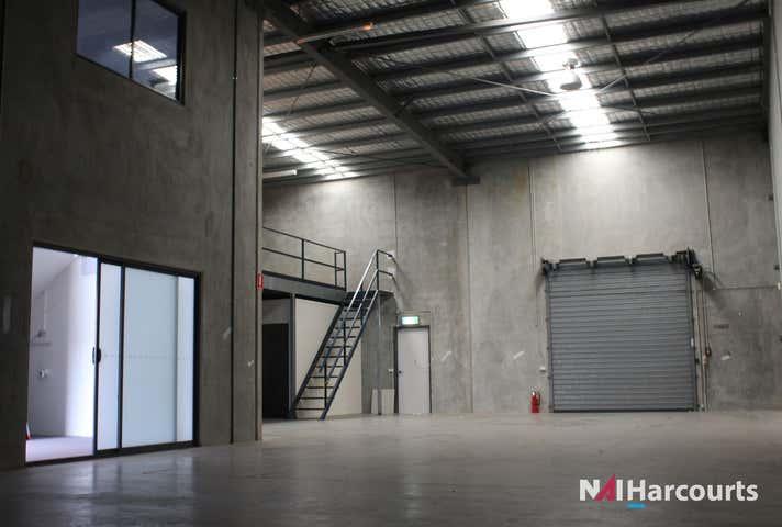 16/18 Hinkler Court Brendale QLD 4500 - Image 1