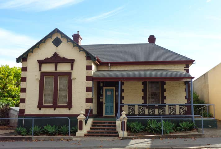 8 Mortlock Tce Port Lincoln SA 5606 - Image 1