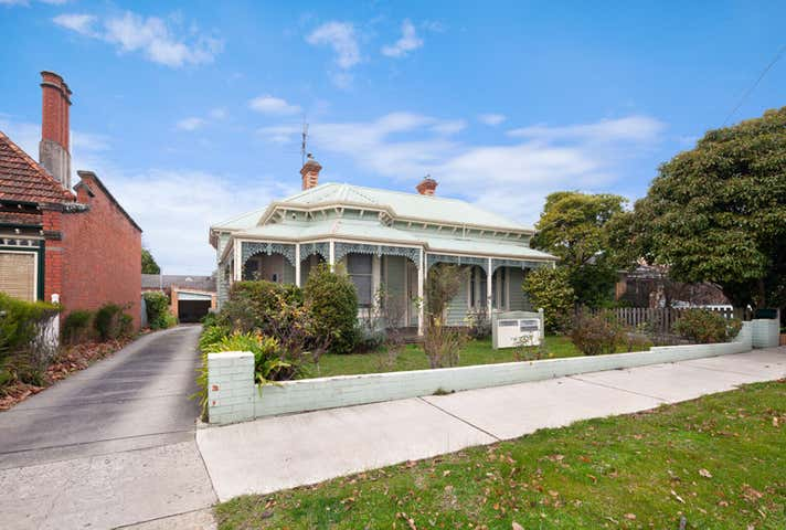 112 Drummond Street North Ballarat Central VIC 3350 - Image 1