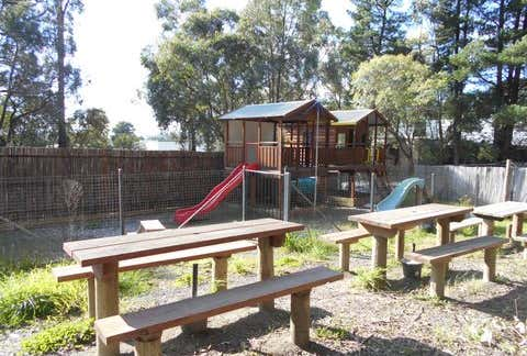 1/4 Clancys Road Mount Evelyn VIC 3796 - Image 1
