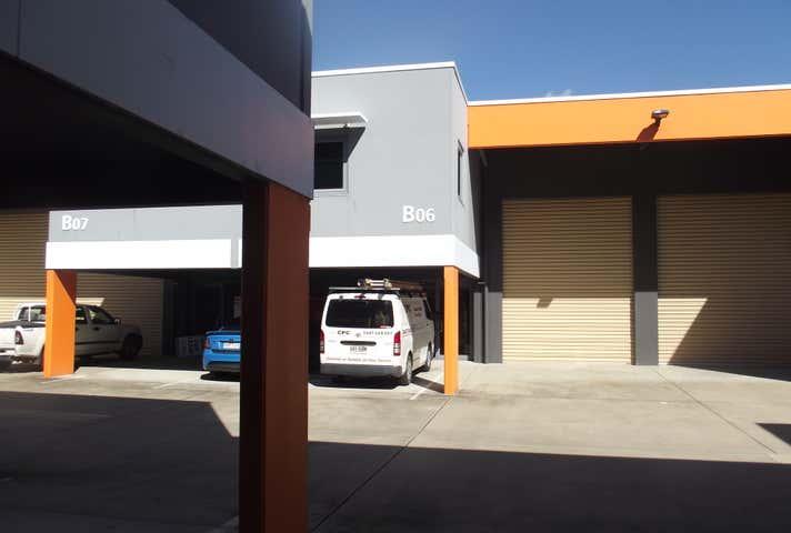 B06, 216 Harbour Road Mackay Harbour QLD 4740 - Image 1