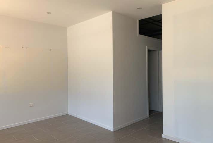 4/200 Bourbong Street Bundaberg Central QLD 4670 - Image 1