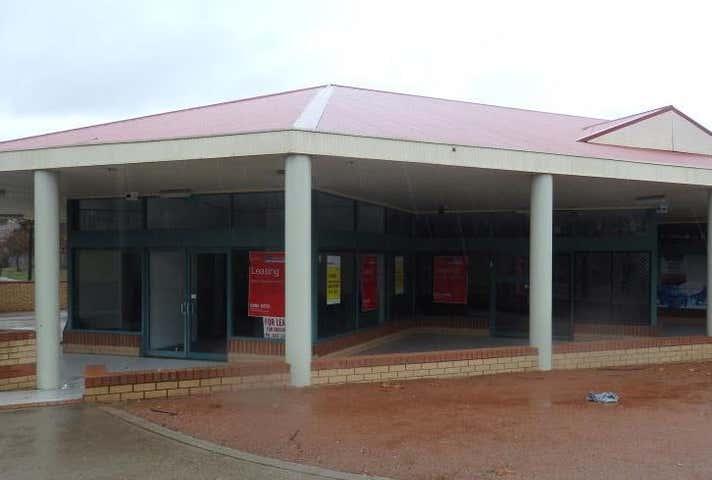 Ngunnawal Shopping Centre, 4 Wanganeen Avenue Ngunnawal ACT 2913 - Image 1
