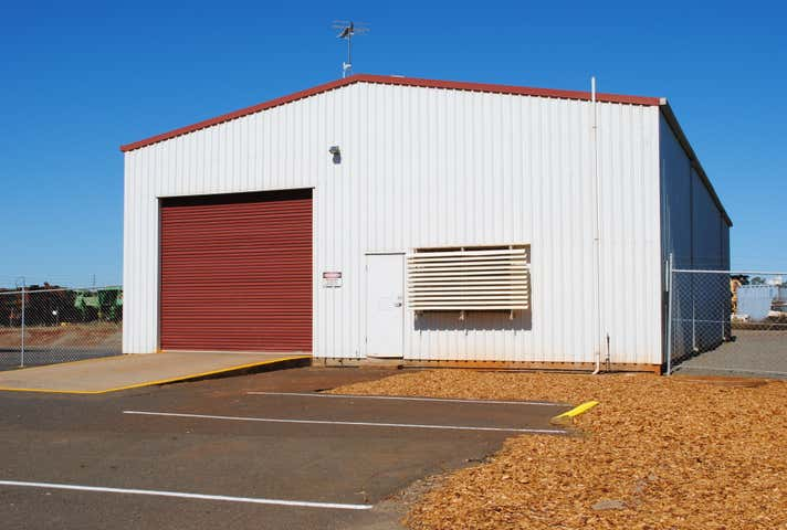 Shed 5, 388 Taylor Street Wilsonton QLD 4350 - Image 1