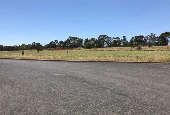 Molloy Super Pty Ltd, 26 Boyd Circuit Parkes NSW 2870 - Image 1